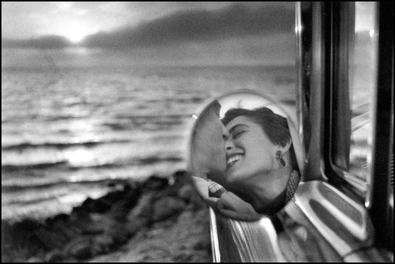 California 1955 © Elliott Erwitt