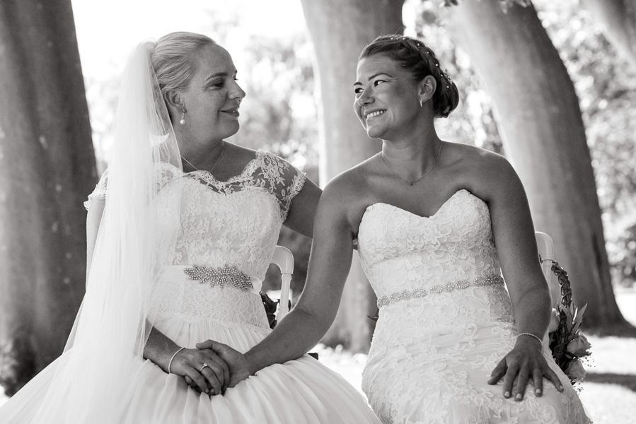 Jenna & Shelley_same sex wedding Provence_030