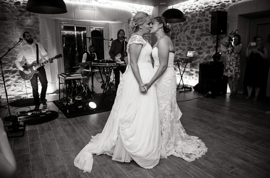 Jenna & Shelley_same sex wedding Provence_083