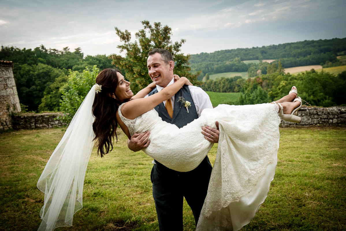Nick & Frances's wedding, Chateau Sers, France, 22nd July 2016. photo Tim Fox