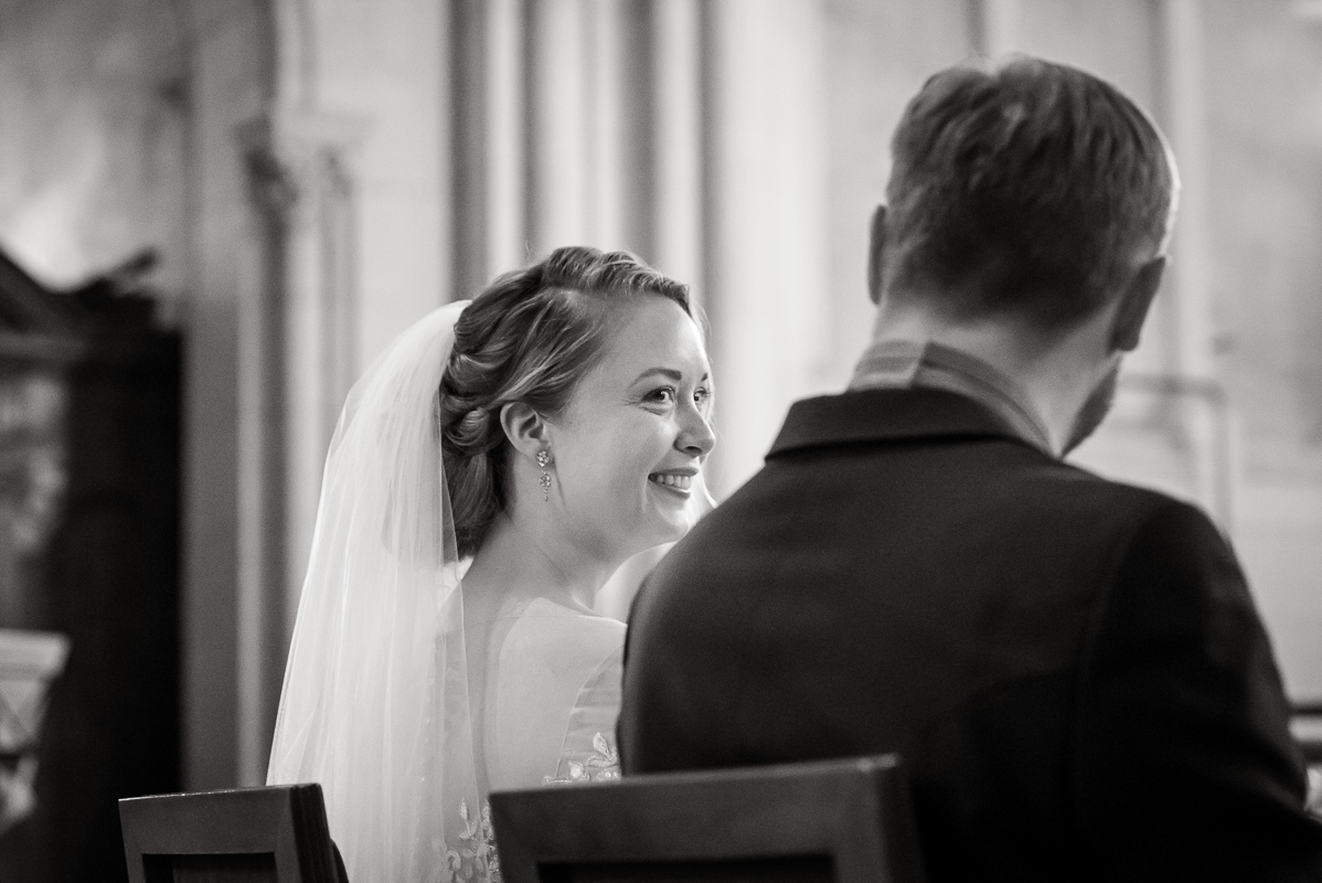 S & B, chateau de vair, Loire valley wedding-photo Tim Fox